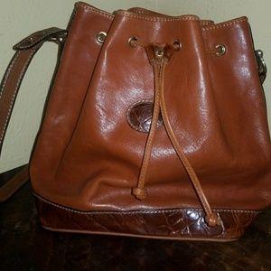 Vintage pier caranti hand bag